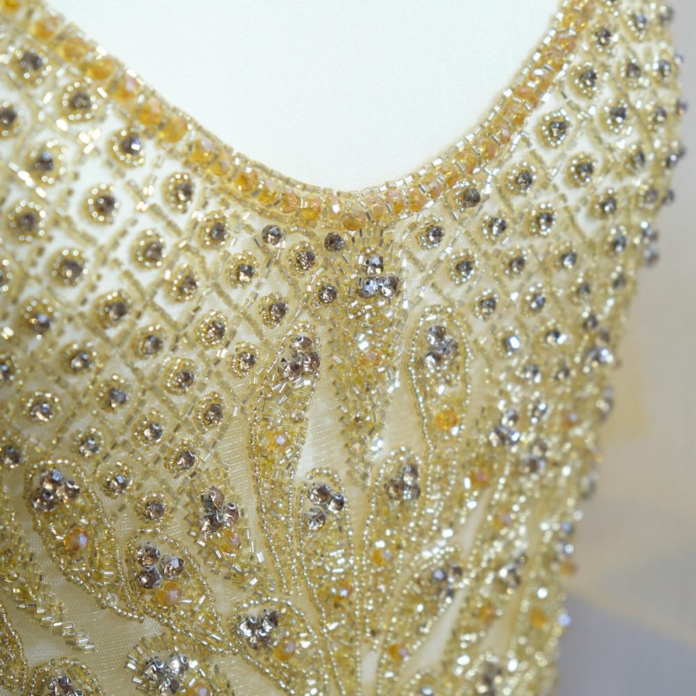 Aplicatie rochie lunga Auriu