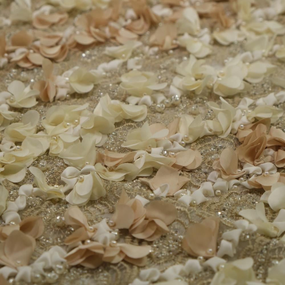 Dantela cu floricele 3D Bej cu crem