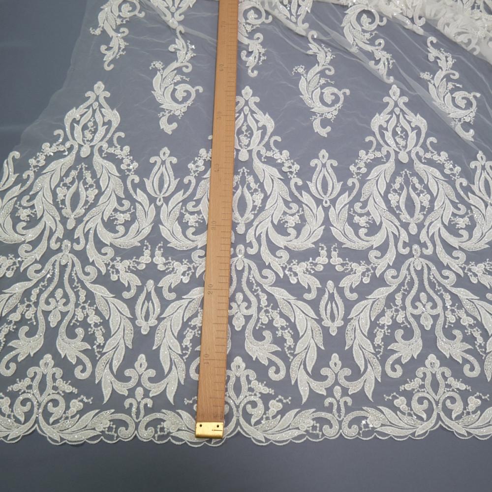 Dantela de mireasa ivoire cu perle si cristale