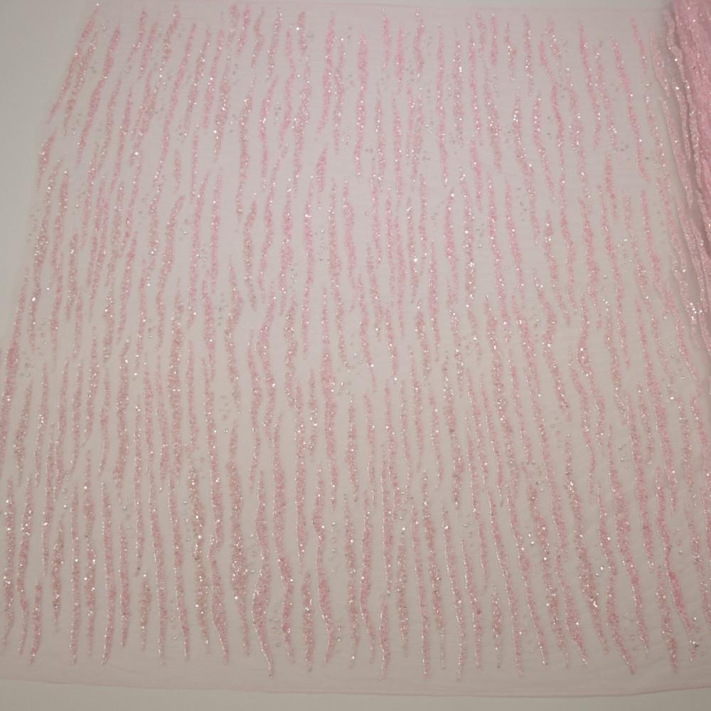 Dantela cu margelute si paiete Roz