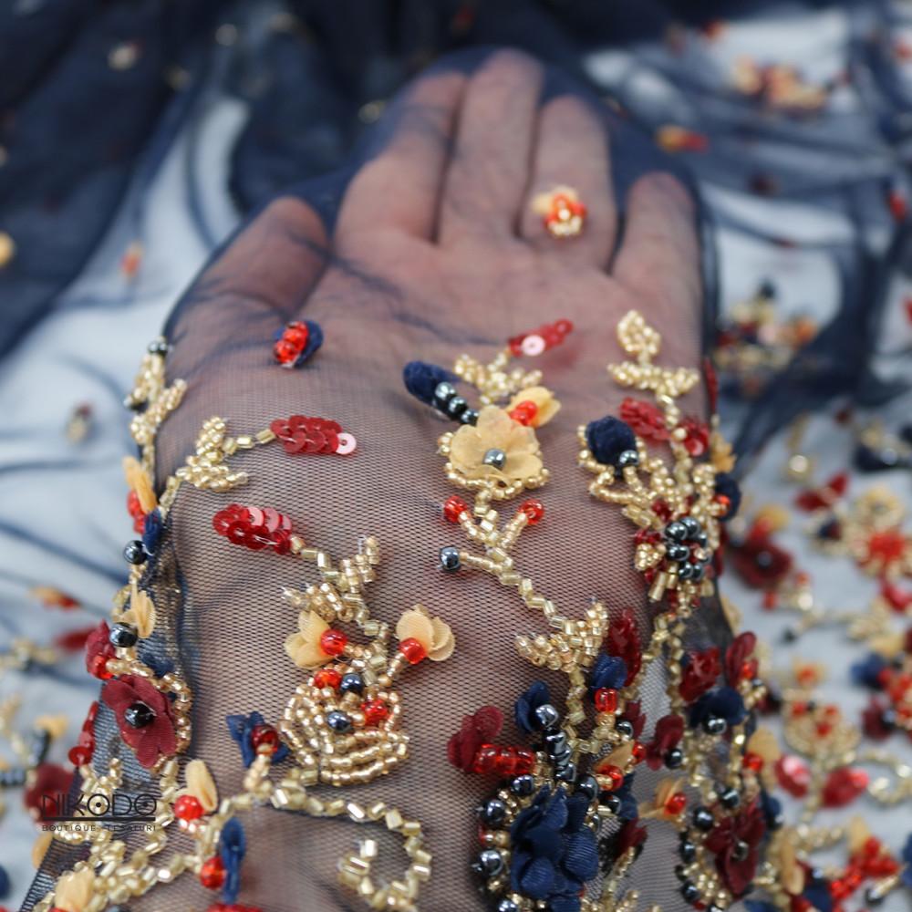 Dantela cu bordura si floricele 3D Bleumarin