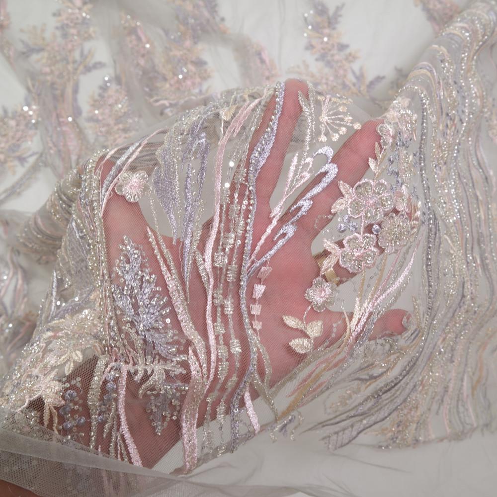 Dantela accesorizata multicolor in nuante de roz, lavanda, bej