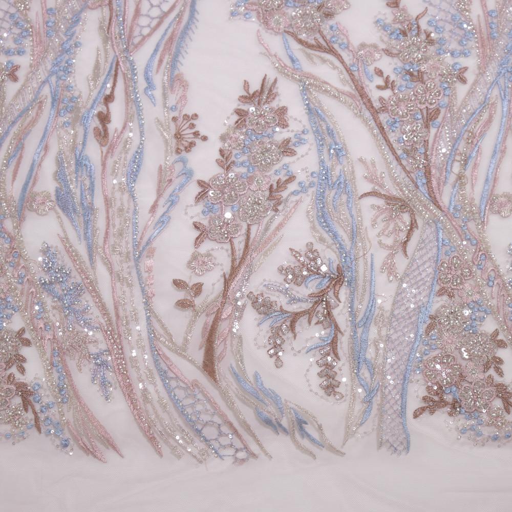 Dantela accesorizata multicolor in nuante de roz, bleu, bej