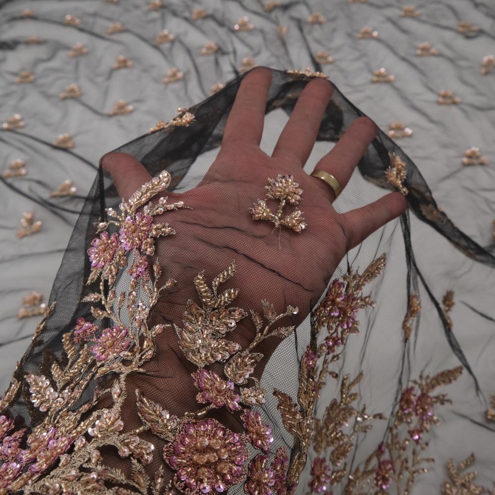Dantela accesorizata Auriu Ciclamen