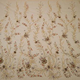 Dantela accesorizata manual cu motive florale