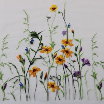 Dantela brodata pe tul cu flori