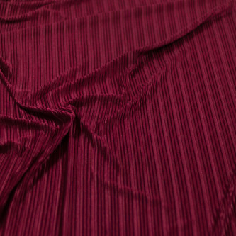 Catifea plisata Burgundy