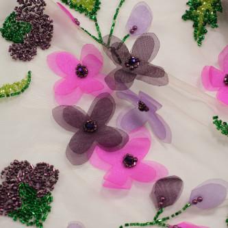 Dantela cu flori 3D
