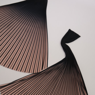 Material plisat in degrade pentru fuste lungi Negru Roz prafuit
